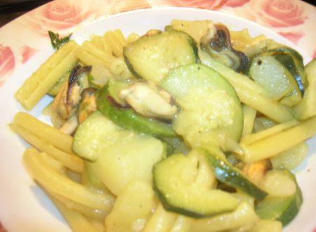 Caserecce patate cozze e zucchine