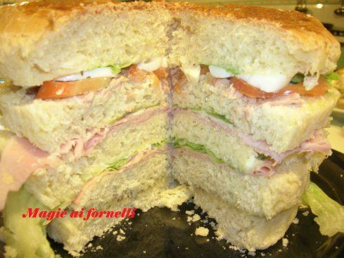 Il Pan canasta  (Panettone gastronomico )