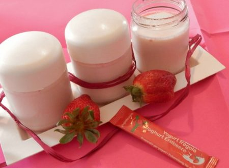 Yogurt alla fragola con latte di soia