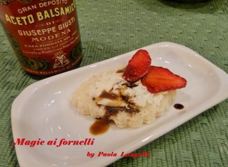 I Canapè  : Canapè al gorgonzola e fragole con aceto balsamico
