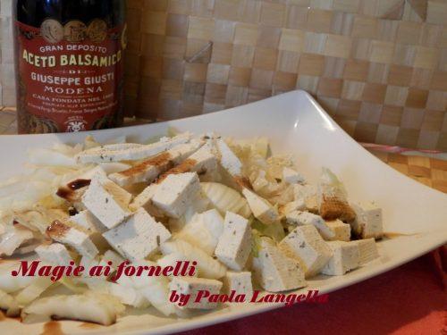 Insalata di finocchi e tofu con aceto balsamico