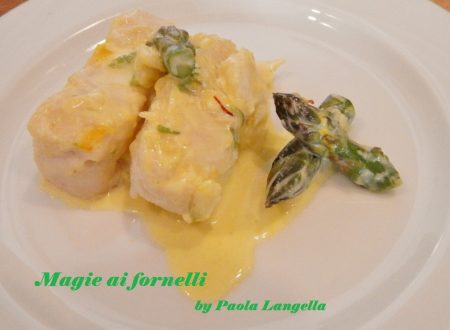 Tranci di pesce asparagi e zafferano