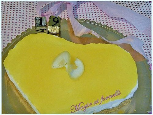 Torta fredda allo yogurt e gelatina di limone