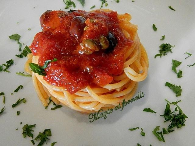 vermicelli olive e capperi