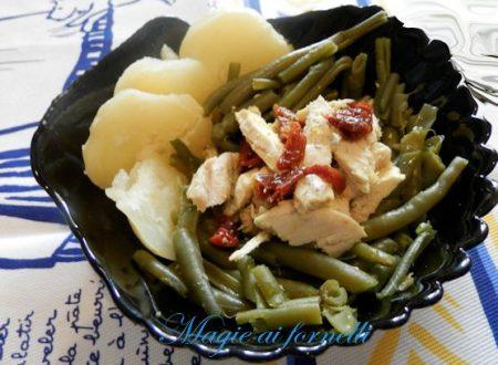Patate e fagiolini  pomodori secchi  e pollo alla curcuma