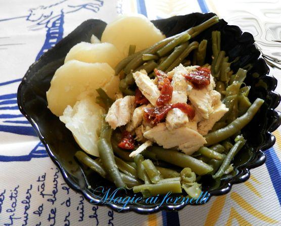 Patate e fagiolini ai pomodori secchi e pollo alla curcuma
