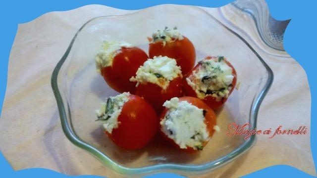 pomodorini freddi ripieni