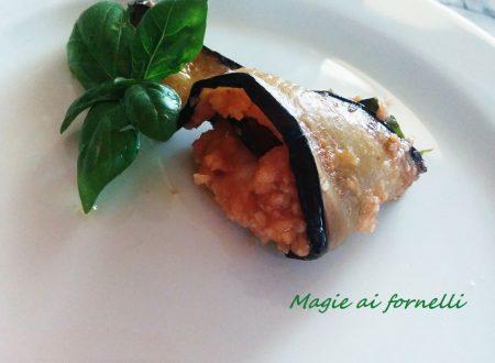 Involtini di melanzane al pomodoro e basilico